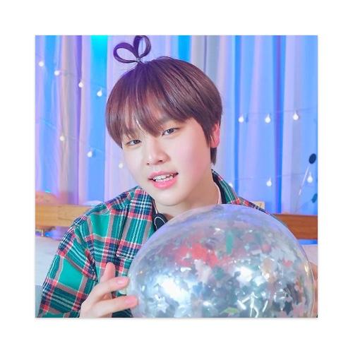 Dohyun Sticker 4 x 4 Square